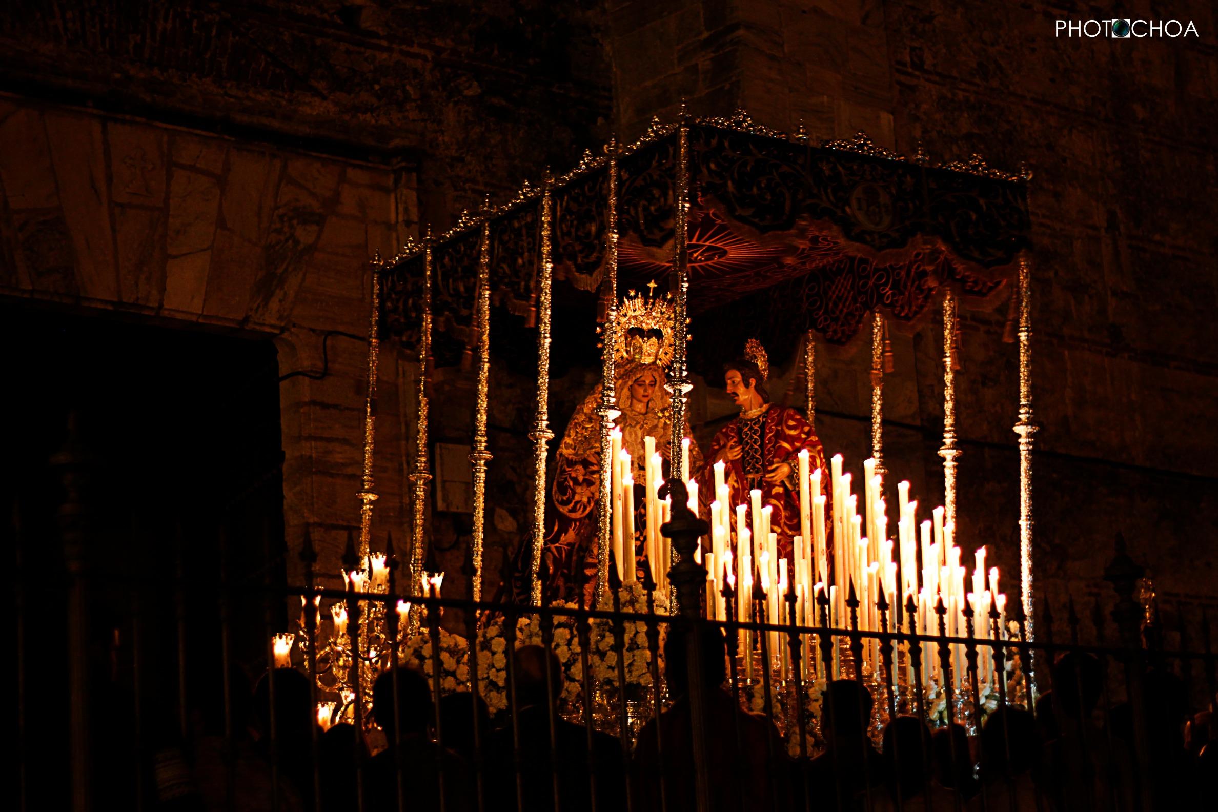 María Santísima de la Amargura a su salida de la Parroquia  de Nuestra Señora de Asunción